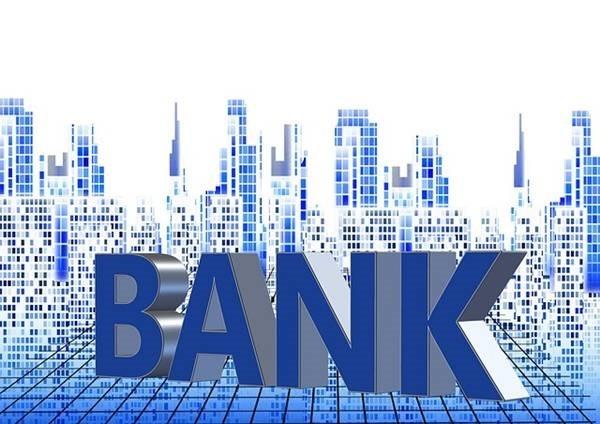 finance-586405_640